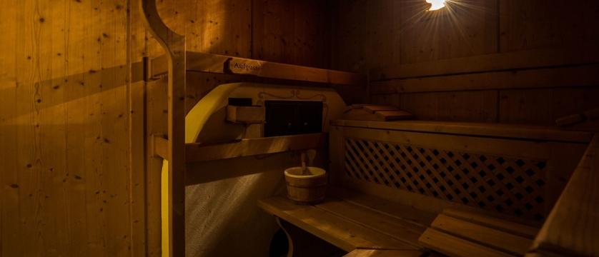 italy_dolomites_kronplatz_la_villa_chalet_hotel_antines_sauna2.jpg